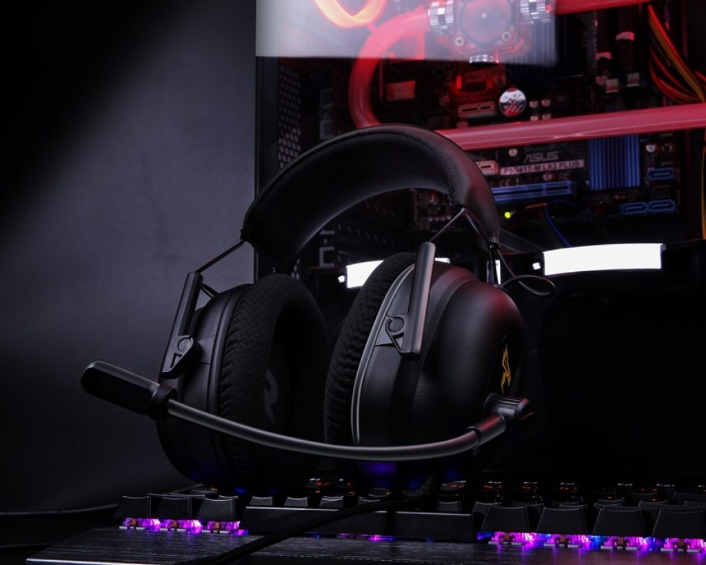 Wired Vs Wireless Gaming Headphones Compare Laptops And Find Laptop Reviews