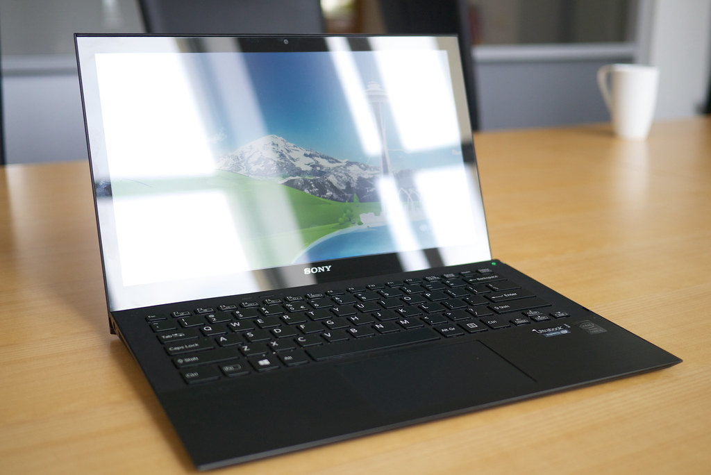Can Double or Even Triple Glazed Windows Filter or Stop Glare on Your Laptop ?