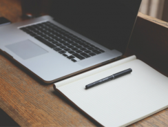 How to Start a Blog that Earns Money With Any Type of Laptop