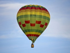 How hot air balloon works
